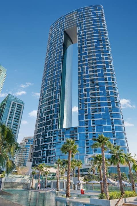 Luxury Aparment @ The Address Beach Resort