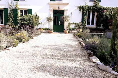 Closerie Laroche - A Beautiful 4* Holiday Villa