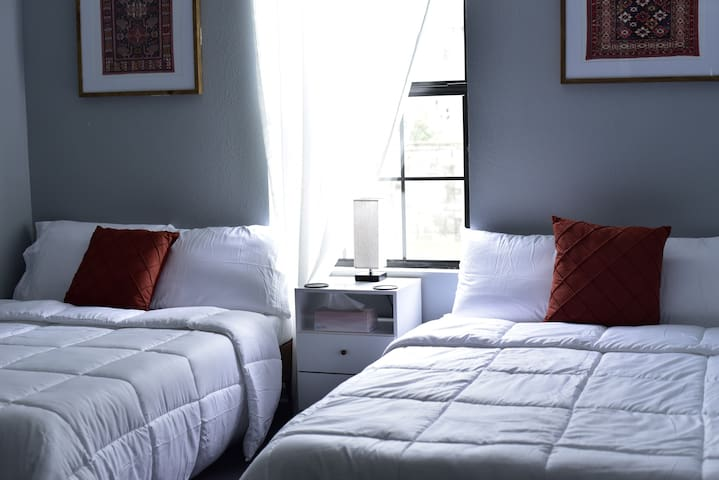 High-quality linens, sheets, and enough pillows to start a small pillow war.
