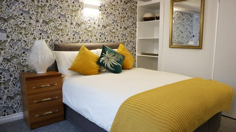 Superior inland double room, St Aubin guest house