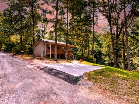 New Cottage @ Hickory Star Marina on Norris Lake
