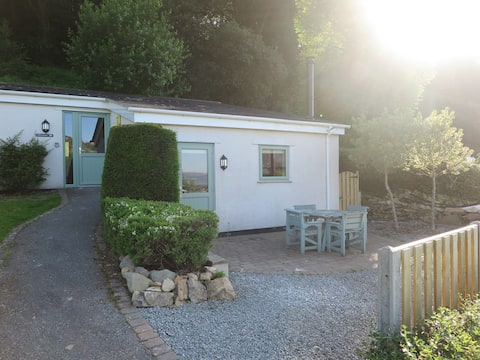 Cosy Snowdonia cottage with stunning views.