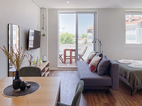 Cozy apartment with spacious terrace and wide view