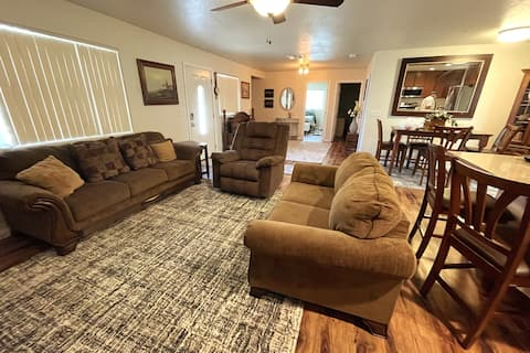 New Home-Large Yard Close to Redding Attractions