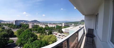 Luksusowy apartament z balkonem  i wspaniałym widokiem