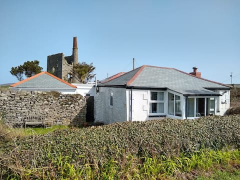 Rustic and Quirky, Springs Cottage - West Cornwall