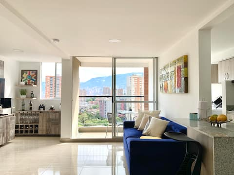 Modern 2/2 Apartment in Sabaneta with City View