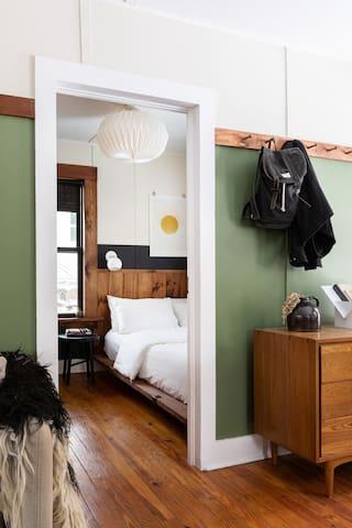 Bedroom #1 — queen size Casper mattress, Brooklinen bedding, large closet