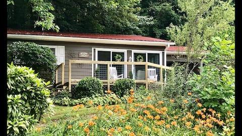 Hutch 's Mountain Cottage: NUEVO Airbnb de SuperAnfitriones