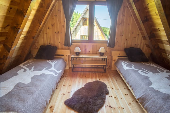 Two bed bedroom