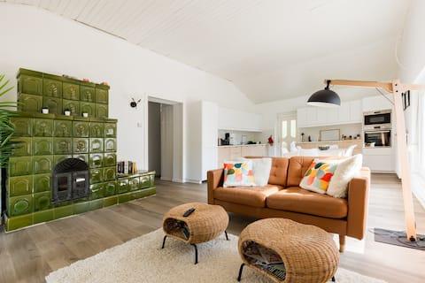 Fröhlicher, komplett renovierter Bungalow mit 3 Schlafzimmern