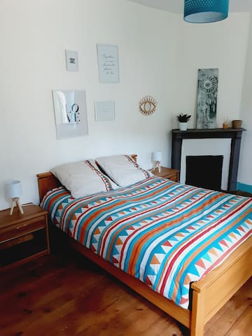 Chambre 2 au 1er étage avec 1 lit double (140)