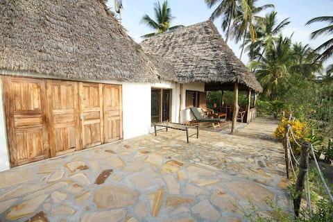 Baobab Beach Villa, Ushongo Beach, Pangani