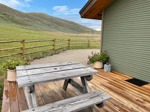 191 Ranch Guest Cabin