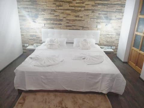 Insomnia studio/cazare regim hotelier