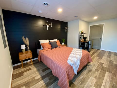 Reese's Retreat - Private Guest Suite