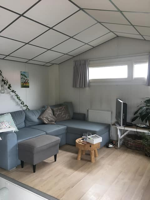 Cozy houseboat, close to center Groningen