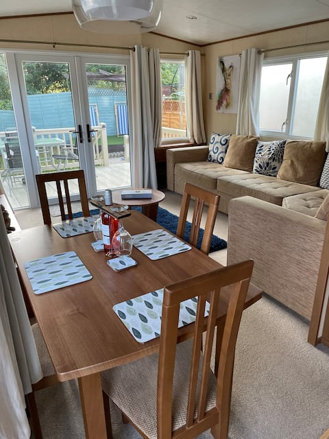 Holiday Park Hastings -  Family and dog friendly!!