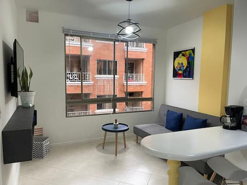 Lovely 1-bedroom rental in Sabaneta with AC unit.