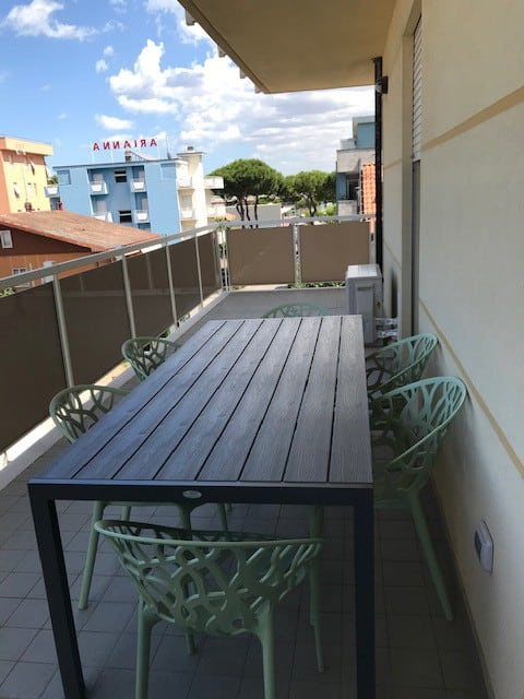 Appartamento con ampio Terrazzo a Misano Adriatico