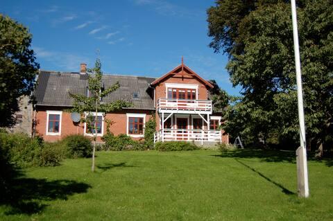 Hyggelig slægtsgård ved Susåen