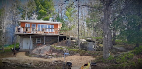 3BR, Boat access cottage on the Trent/Severn