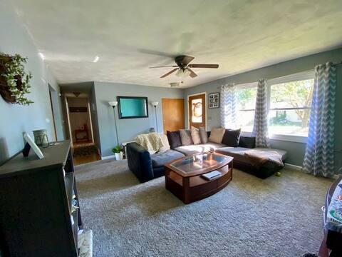 Comfy, Convenient & Centrally Located Home