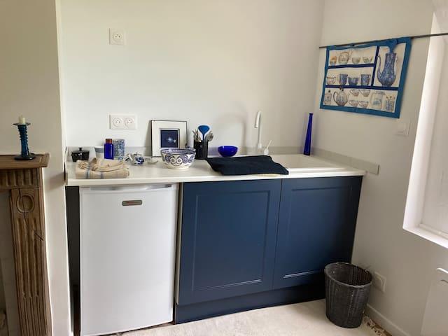 coin kitchenette de la chambre bleue.
