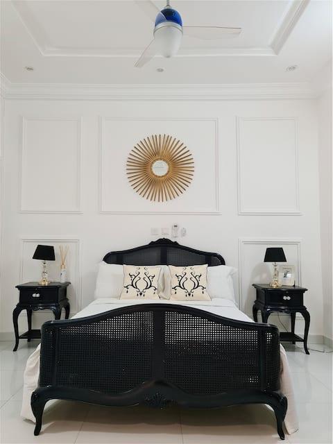 Luxury Private One Bedroom Apartment Ogbojo