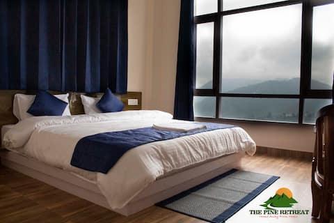The Pine Retreat (4 Bedrooms)