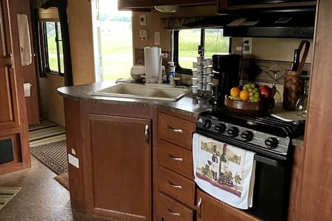 1-Bedroom camper surrounded by beautiful farm land