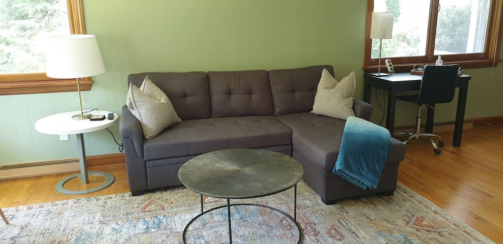 Pull out sofa.