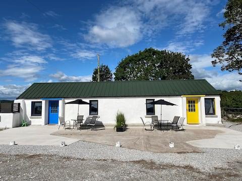 The Blue Door - Roadshed Apartment @ Rohans Farm