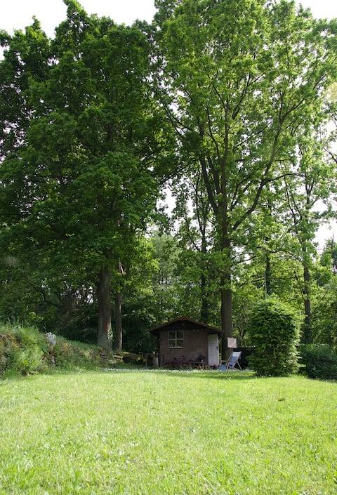 Chata v přírodním parku, na pozemku 1000 m2