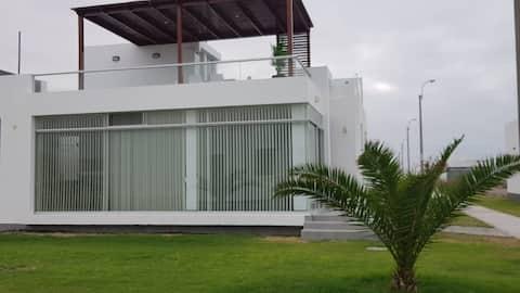 Casa Para Familia en Costa Palmeras