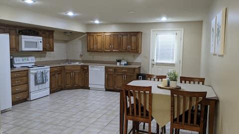 Cozy 1-Bedroom With Spacious Kitchen & Free Garage