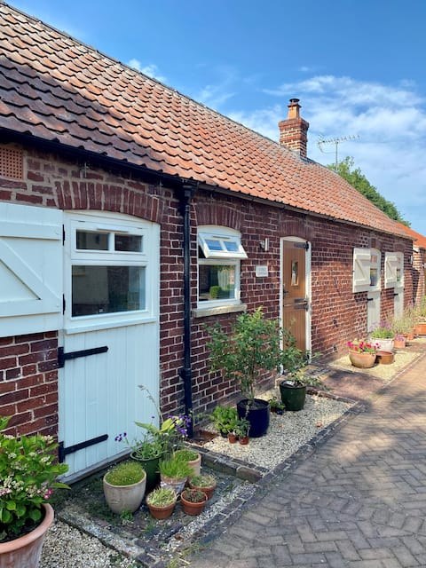 Yorkshire Wold's Stables Holiday Home