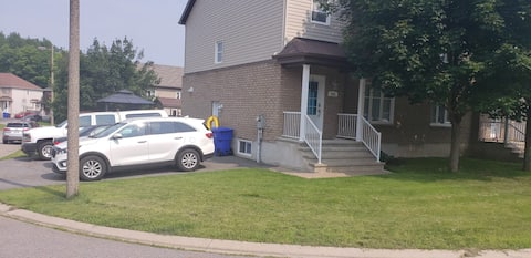 Clean basement & 15 minutes from Downtown Ottawa!