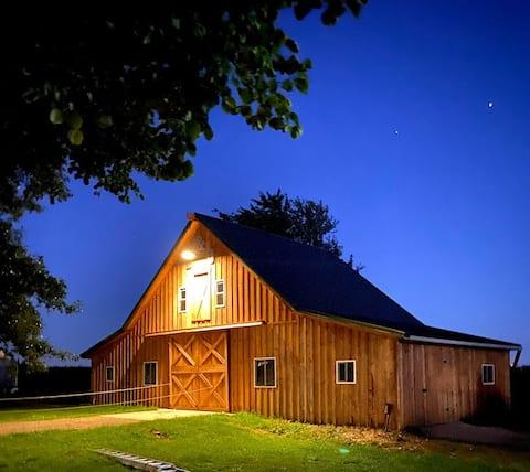 The Comfy Country Cedar Barn Loft