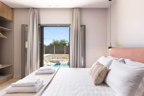 Onore Luxury Suites Dasia ★ Elegant ★ private pool