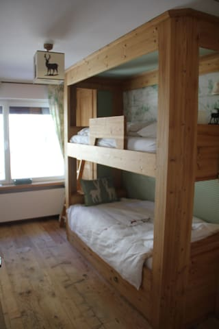 Second bedroom, host up to 3 people