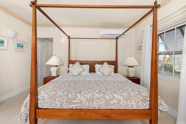 Master king bed.