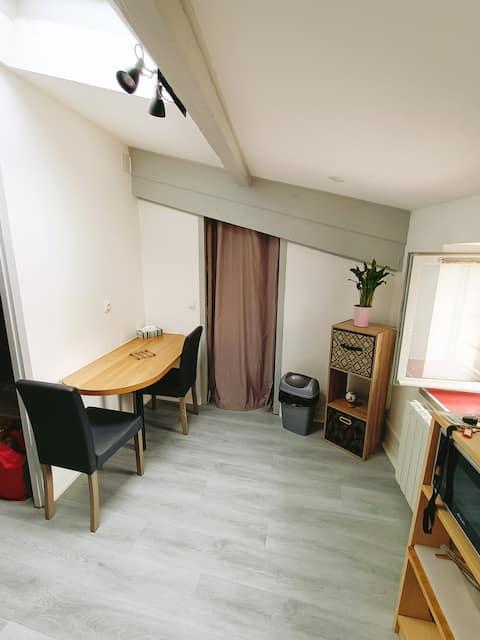 Studio Moderne - 22m² - Proche Centre Ville