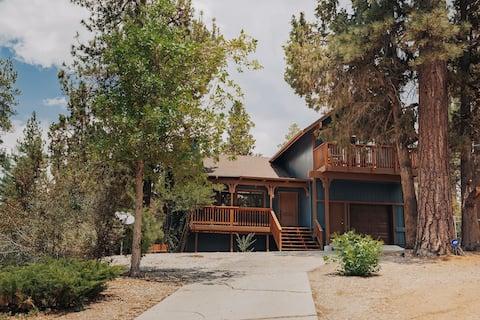 Shadow Bear Lodge | Moderno 3BR/3BA y jacuzzi