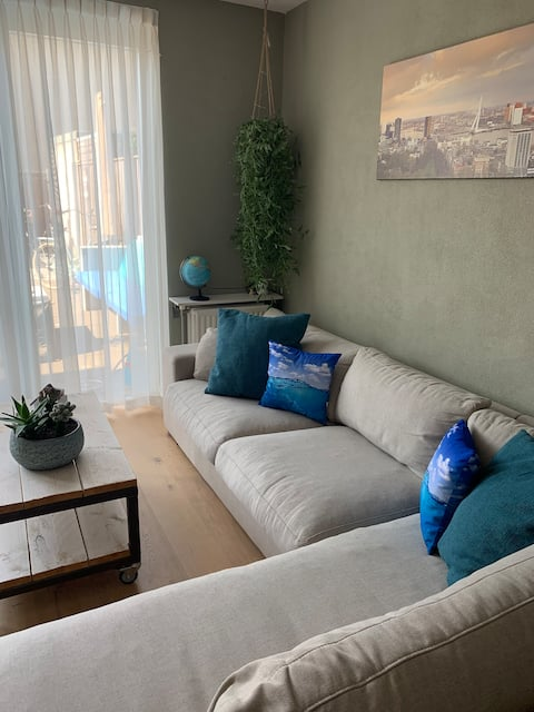 Large and cozy townhouse close to the beach & sea