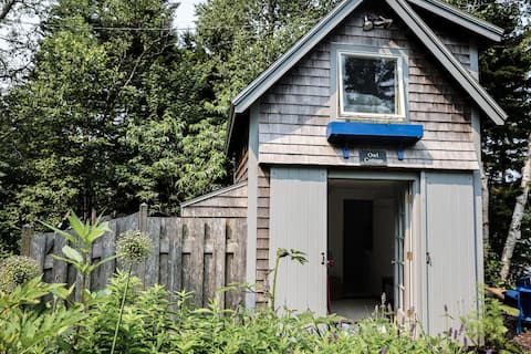 Owl Cottage - Tenant's Harbor Tiny House