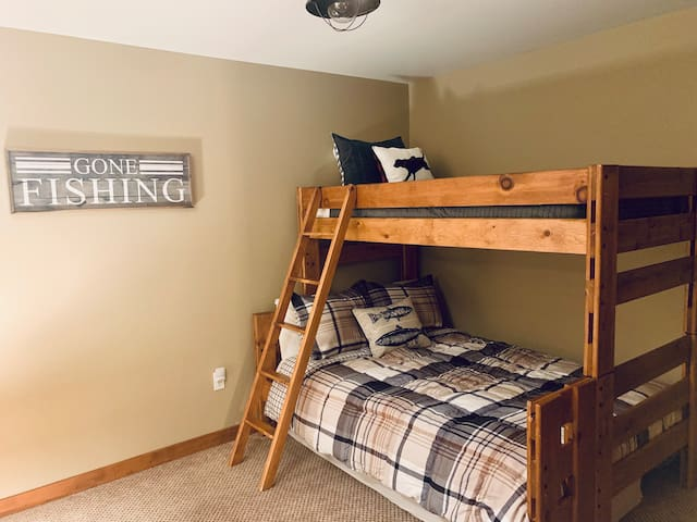 Bunk bed- double, twin on top, with twin mattress stored under the double bed if needed