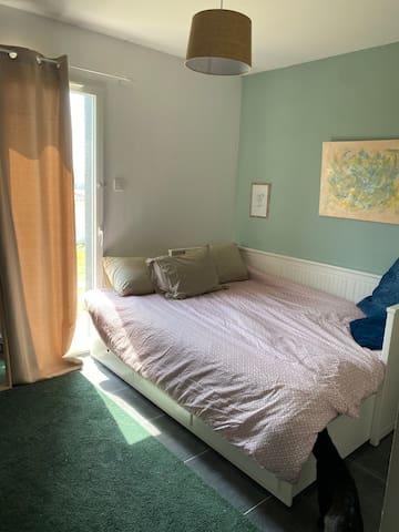 Chambre 2 avec lit 160 cm