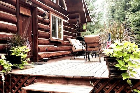 Clark Fork Cabin- Rustic & Quaint Getaway