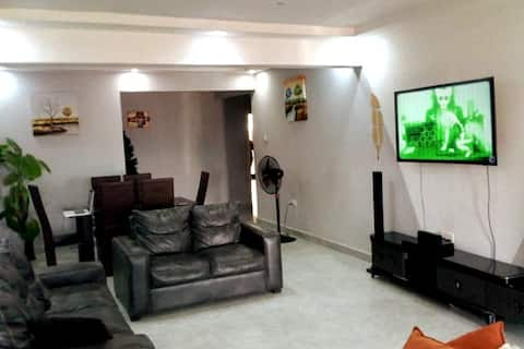 Lovely 2-bedroom Serviced Apartment